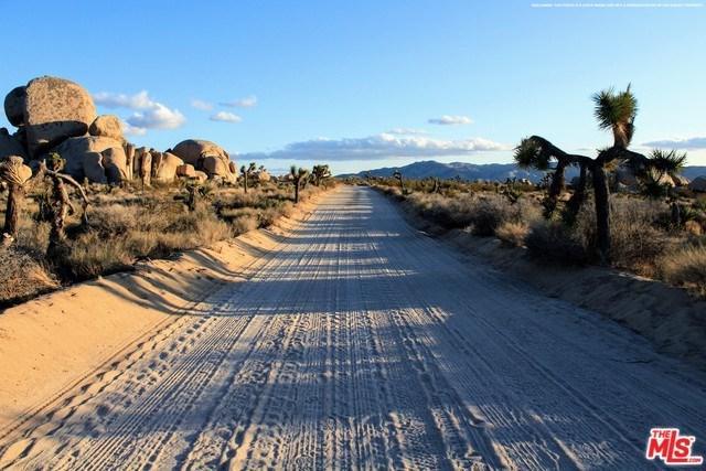1000 Boquina Street, El Mirage, CA 92301 (#19460160) :: Keller Williams Temecula / Riverside / Norco