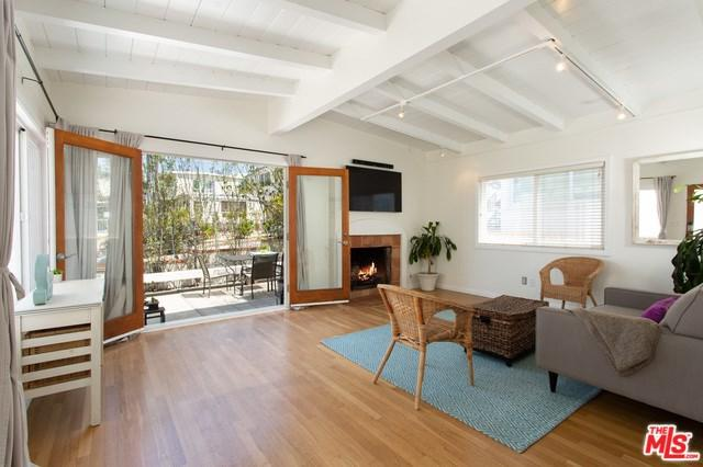 716 Longfellow Avenue, Hermosa Beach, CA 90254 (#19460544) :: Ardent Real Estate Group, Inc.
