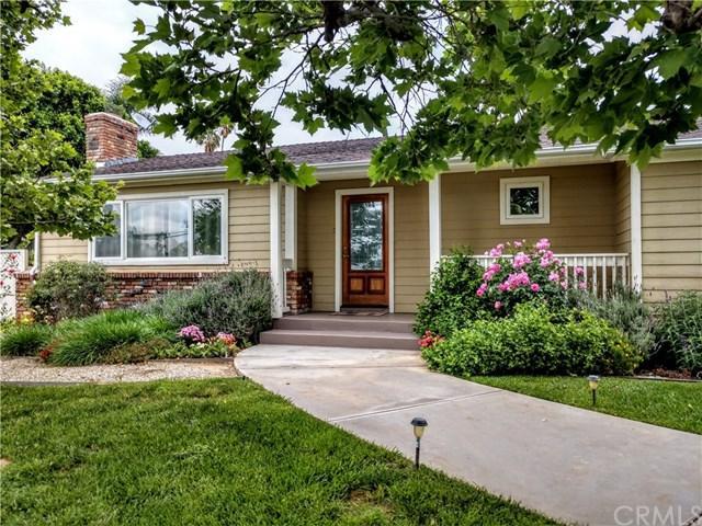 23013 Barton Road, Grand Terrace, CA 92313 (#EV19099931) :: Go Gabby