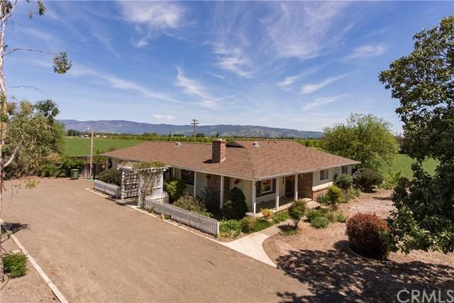 3060 Finley East Road, Lakeport, CA 95453 (#LC19099986) :: Fred Sed Group