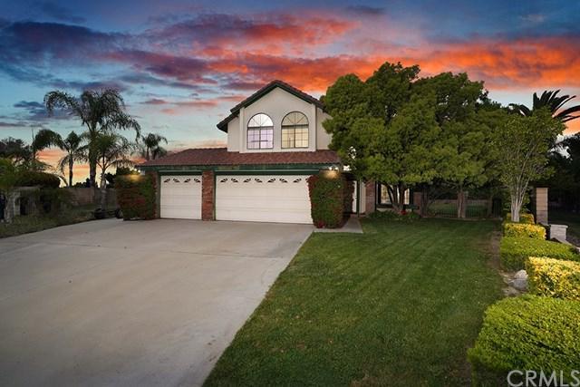 1202 Villanova Place, Riverside, CA 92506 (#IV19100570) :: Millman Team