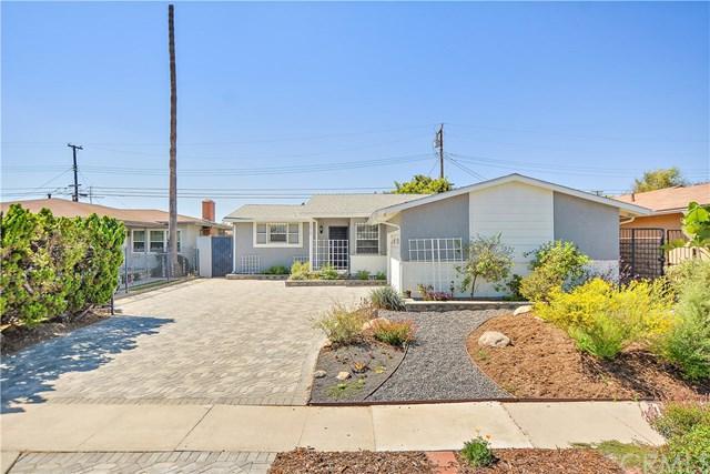 13513 S Wilkie Avenue, Gardena, CA 90249 (#DW19099437) :: Fred Sed Group