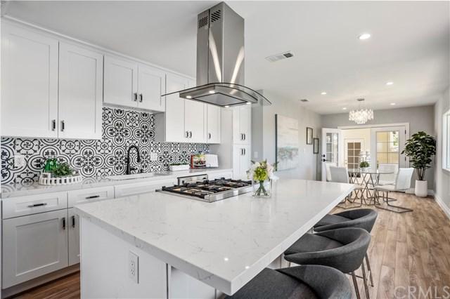 1201 W 18th Street, Santa Ana, CA 92706 (#OC19100745) :: Better Living SoCal