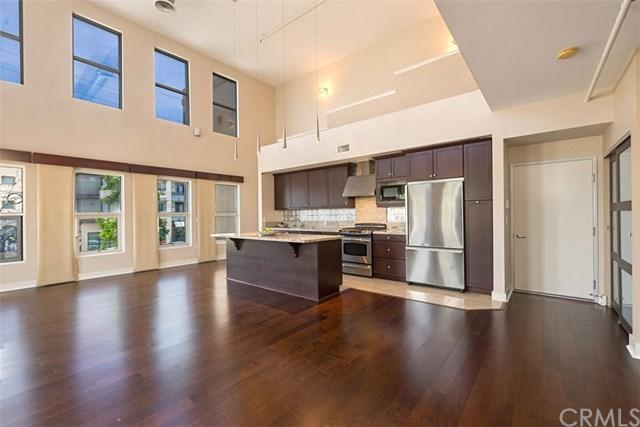 738 N Santiago Street, Santa Ana, CA 92701 (#OC19098519) :: Legacy 15 Real Estate Brokers