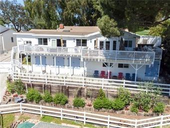 63 Buckskin Lane, Rolling Hills Estates, CA 90274 (#PV19102045) :: The Miller Group