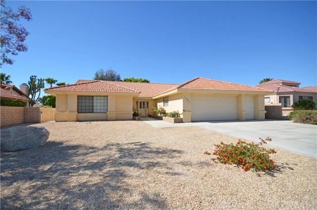 9041 Warwick Drive, Desert Hot Springs, CA 92240 (#SW19097440) :: OnQu Realty