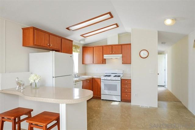 3053 Chamoune Ave, San Diego, CA 92105 (#190024281) :: Ardent Real Estate Group, Inc.