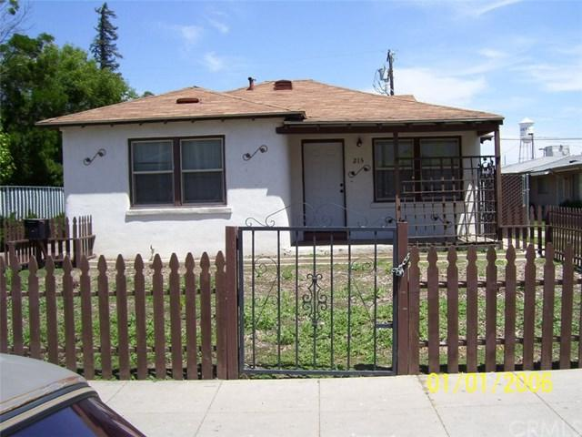 215 S. G Street, Madera, CA 93637 (#MD19103893) :: Fred Sed Group
