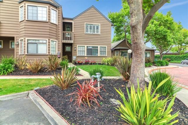 140 Gibson Drive #14, Hollister, CA 95023 (#ML81749833) :: Fred Sed Group