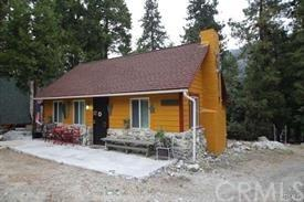41222 Valley Of The Falls Drive, Forest Falls, CA 92339 (#EV19103783) :: The Darryl and JJ Jones Team
