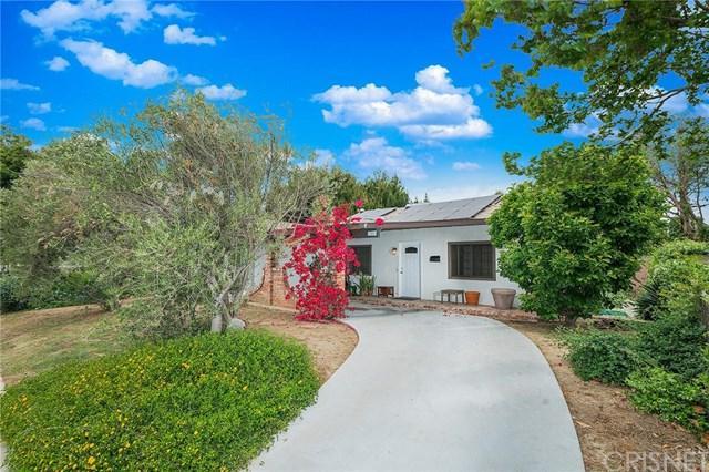 17557 Cohasset Street, Lake Balboa, CA 91406 (#SR19103552) :: Fred Sed Group