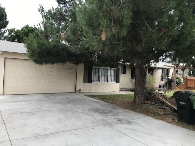 8300 Oso Avenue, Winnetka, CA 91306 (#SR19107178) :: Mainstreet Realtors®