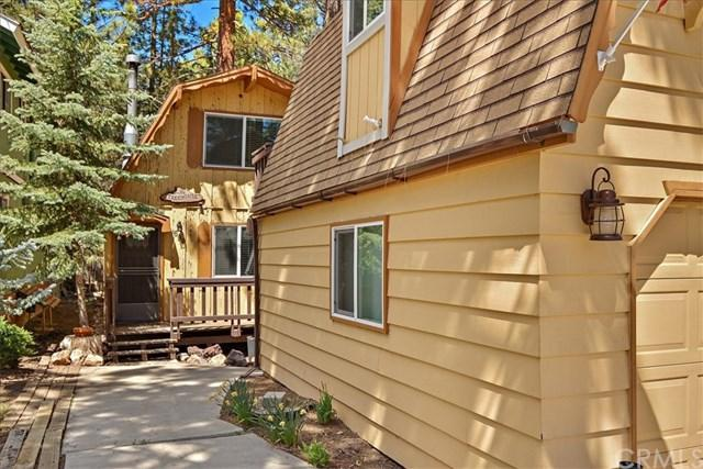 694 Elm Street, Big Bear, CA 92315 (#EV19110156) :: Fred Sed Group