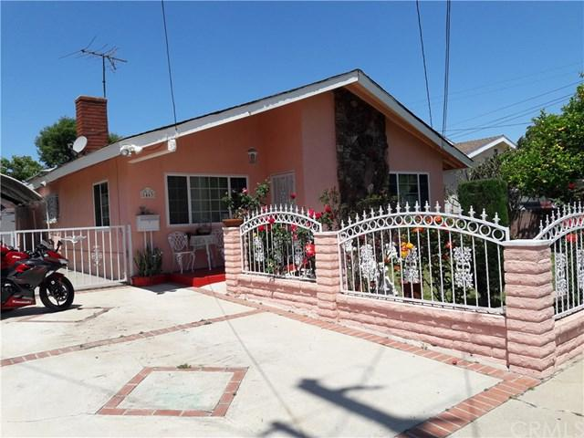 1463 Island Avenue, Wilmington, CA 90744 (#DW19110162) :: Fred Sed Group