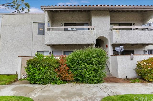 25019 Peachland Avenue #234, Newhall, CA 91321 (#CV19110591) :: Fred Sed Group