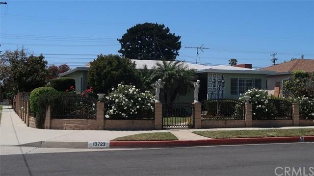 13723 S Catalina Avenue, Gardena, CA 90247 (#AR19110895) :: Mainstreet Realtors®