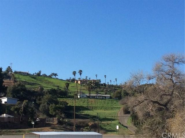 30940 Mission Rd, Bonsall, CA 92003 (#NP19110970) :: J1 Realty Group
