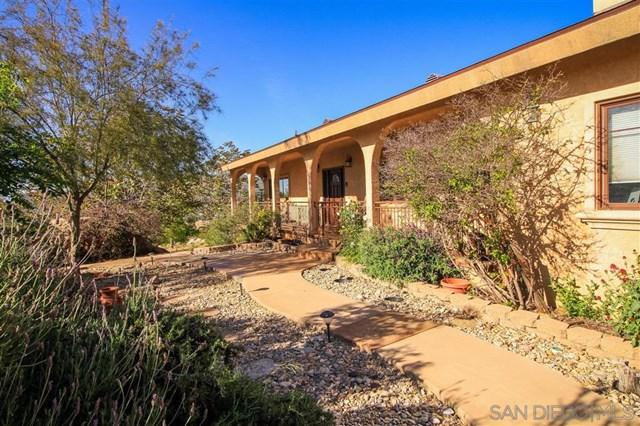 2091 Via Laura, Jamul, CA 91935 (#190026114) :: Steele Canyon Realty