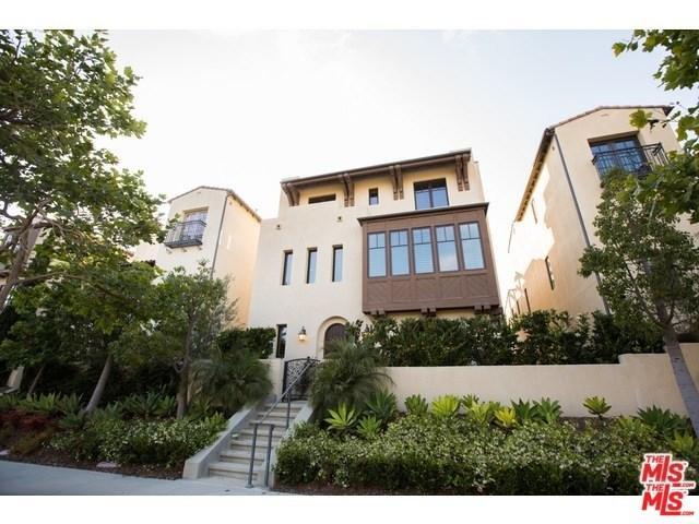 13051 Bluff Creek Drive, Los Angeles (City), CA 90094 (#19466038) :: Team Tami