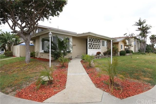 2904 W 141st Place, Gardena, CA 90249 (#PW19037982) :: Fred Sed Group