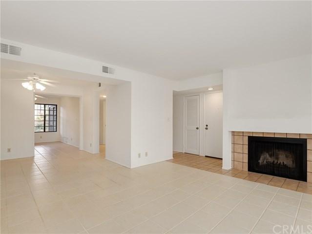 436 E Palm Avenue #201, Burbank, CA 91501 (#BB19111848) :: Mainstreet Realtors®