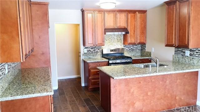 17479 Fairfax Street, Fontana, CA 92336 (#AR19112120) :: Mainstreet Realtors®