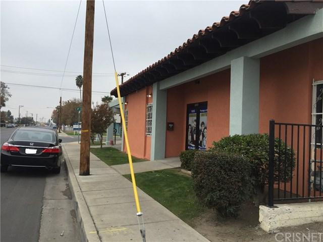 1830 Brundage Lane, Bakersfield, CA 93304 (#SR19112249) :: Go Gabby