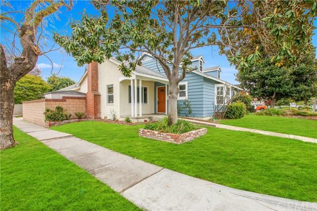 2956 Ladoga Avenue, Long Beach, CA 90815 (#OC19110421) :: Fred Sed Group