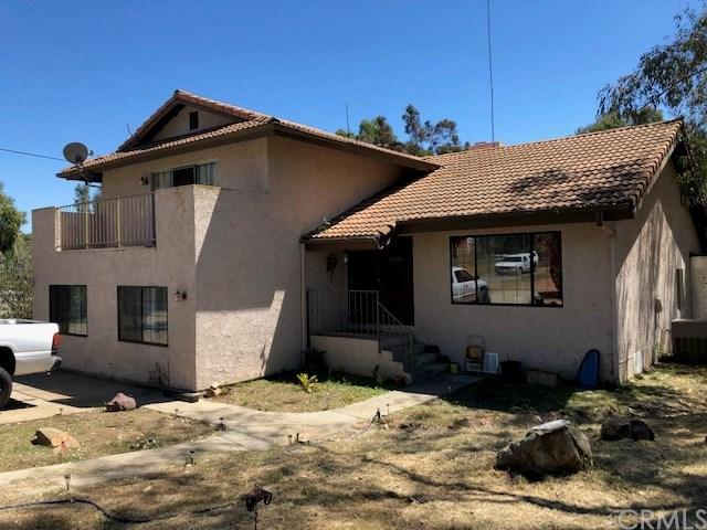 6879 W Lilac Road, Bonsall, CA 92003 (#PW19088696) :: The Marelly Group | Compass