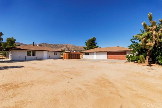 61461 Pueblo Trail, Joshua Tree, CA 92252 (#JT19112736) :: RE/MAX Masters