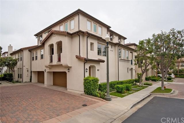 180 Hayward, Irvine, CA 92602 (#OC19110117) :: Z Team OC Real Estate