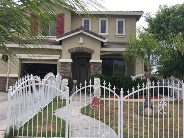 7064 E Ramona Way, Fresno, CA 93727 (#190026427) :: Realty ONE Group Empire