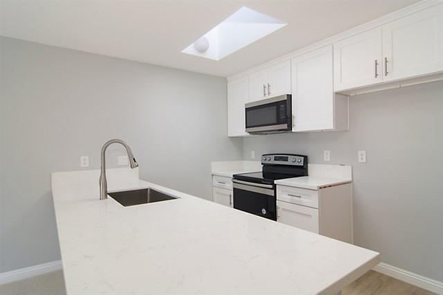 8332 Regents Rd Unit 2G, San Diego, CA 92122 (#190026526) :: Mainstreet Realtors®