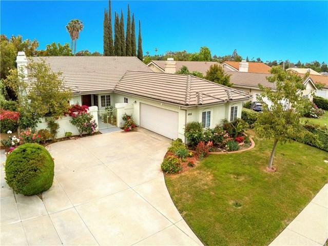 9918 Hayvenhurst Avenue, Northridge, CA 91343 (#SR19108899) :: Fred Sed Group