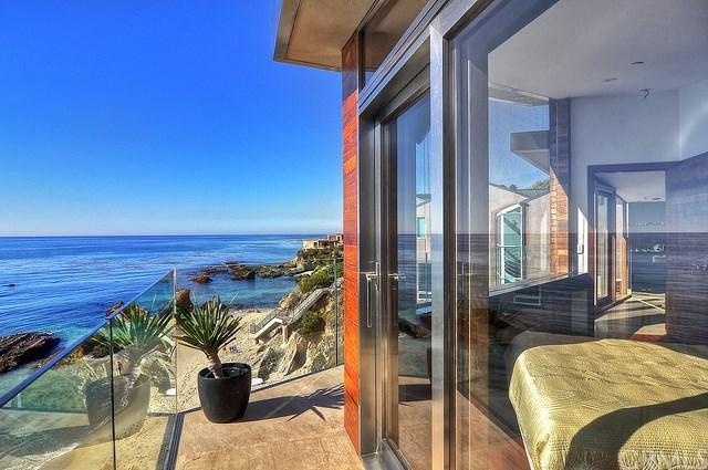 2049 Ocean Way, Laguna Beach, CA 92651 (#OC19090846) :: eXp Realty of California Inc.