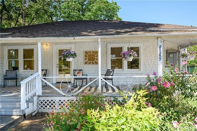 21257 Calistoga Street, Middletown, CA 95461 (#LC19113092) :: Fred Sed Group