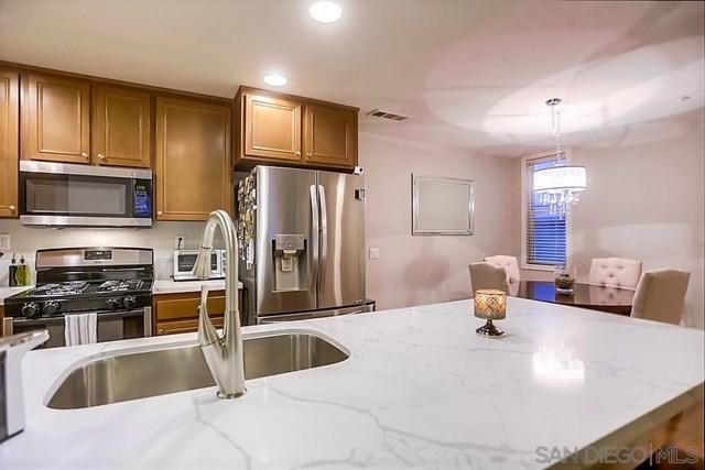 16915 Hutchins Landing #54, San Diego, CA 92127 (#190027010) :: Abola Real Estate Group