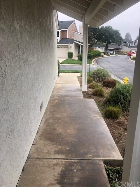 131 Canyon Oak Circle, Pomona, CA 91767 (#SW19115494) :: Fred Sed Group