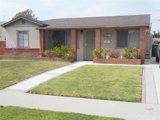 3127 W 186th Street, Torrance, CA 90504 (#SR19115657) :: Fred Sed Group