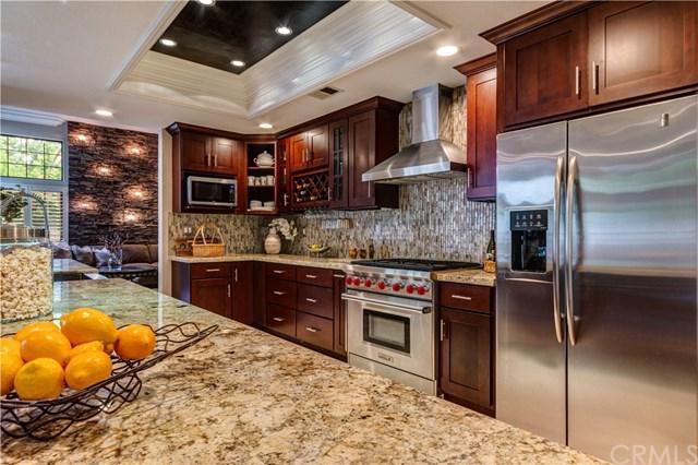 25621 Stratford Place, Laguna Hills, CA 92653 (#OC19113982) :: Z Team OC Real Estate