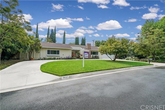 9407 Beckford Avenue, Northridge, CA 91324 (#SR19115966) :: Fred Sed Group