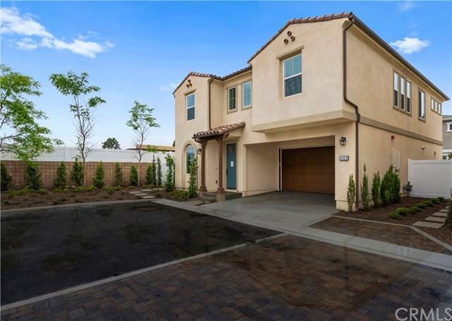 2632 Lucent Ln, Costa Mesa, CA 92626 (#NP19114848) :: A|G Amaya Group Real Estate