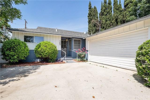 17227 Elkwood Street, Lake Balboa, CA 91406 (#SR19116194) :: Fred Sed Group