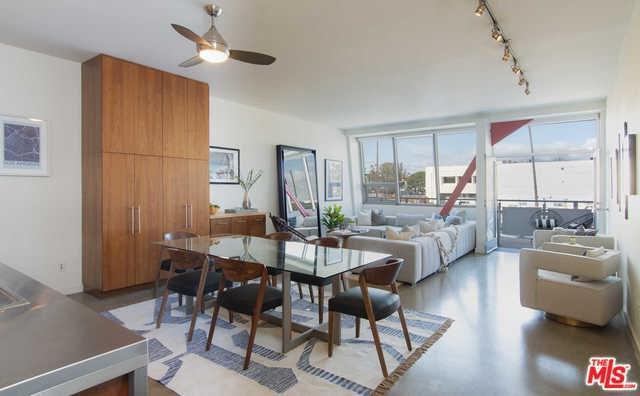 615 Hampton Drive A203, Venice, CA 90291 (#19467708) :: Powerhouse Real Estate