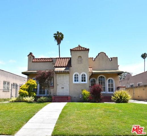 4426 3RD Avenue, Los Angeles (City), CA 90043 (#19467804) :: Kim Meeker Realty Group