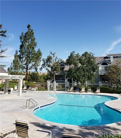 26873 Claudette Street #115, Canyon Country, CA 91351 (#SR19115832) :: California Realty Experts