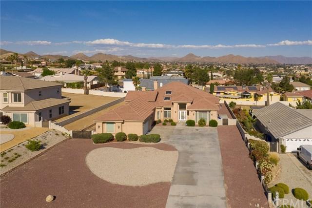 16233 Ridge View Drive, Apple Valley, CA 92307 (#CV19101883) :: Mainstreet Realtors®