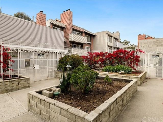20235 Keswick Street #318, Winnetka, CA 91306 (#BB19116439) :: Mainstreet Realtors®