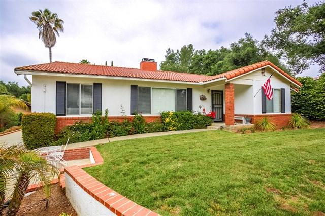 10238 Meadow Glen Way East, Escondido, CA 92026 (#190027385) :: Fred Sed Group