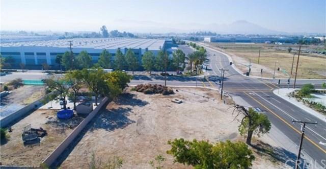 630 E Central Avenue, San Bernardino, CA 92408 (#CV19116533) :: Mainstreet Realtors®